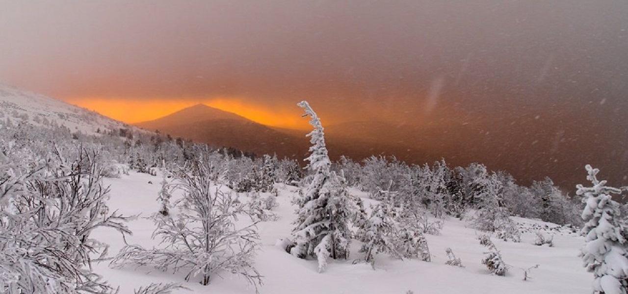 Снегоходное путешествие на Конжак